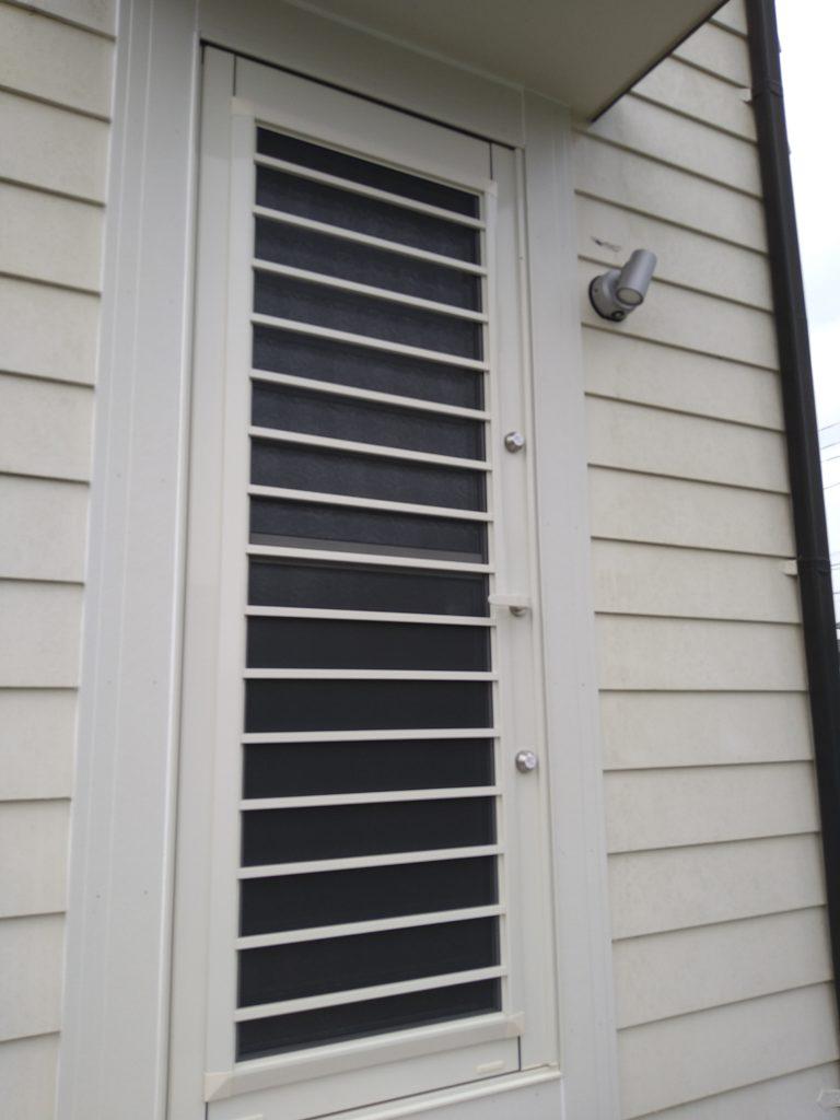 採風玄関ドア